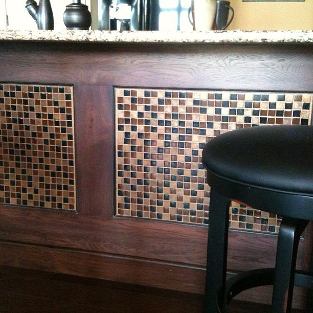 Glass Tile Backsplash Ideas | BELK Tile