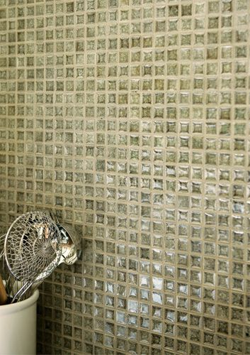 Crackle glass mosaic tile